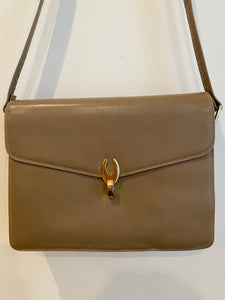 The Everyday Shoulder Bag in Beige