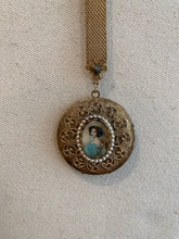 Load image into Gallery viewer, Cameo Locket, 1960's