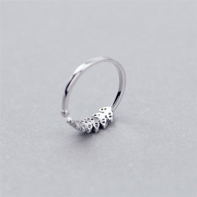 Sweet Branch Leaf Ring