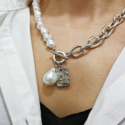 Pearl Lock Chain Necklace