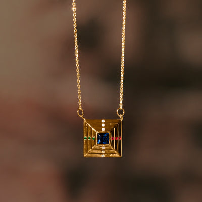 Duality Point Necklace - Gold