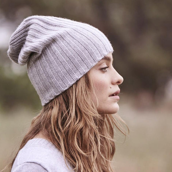 Sonya Hopkins pure cashmere rib beanie in pale marle grey
