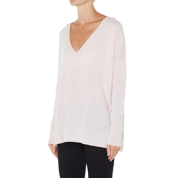 Cashmere Zoe Oversized V in Powder Pink - sonyahopkins.com