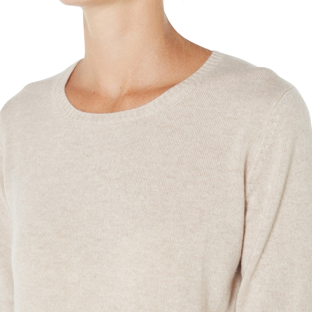 Cashmere Daisy Crew Neck in Pale Marle Beige - sonyahopkins.com