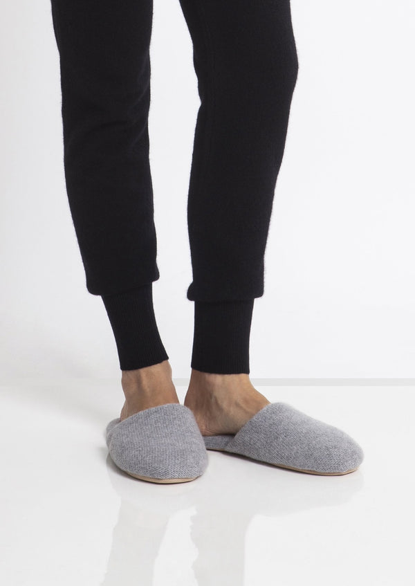 Sonya Hopkins 100% pure cashmere slippers in light marle grey