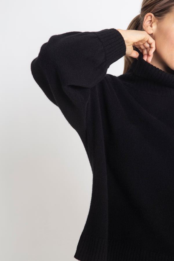 Sonya Hopkins 100% cashmere boxy balloon sleeve turtleneck in black