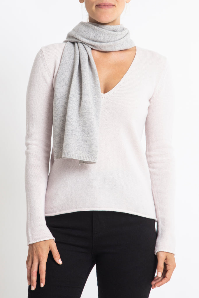 Sonya Hopkins 100% Pure Cashmere scarf in pale marle grey