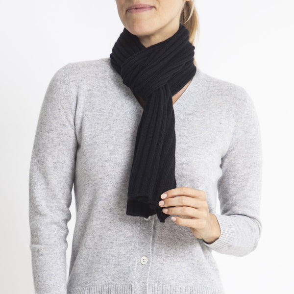 Sonya Hopkins pure cashmere Alex Rib Scarf in Black
