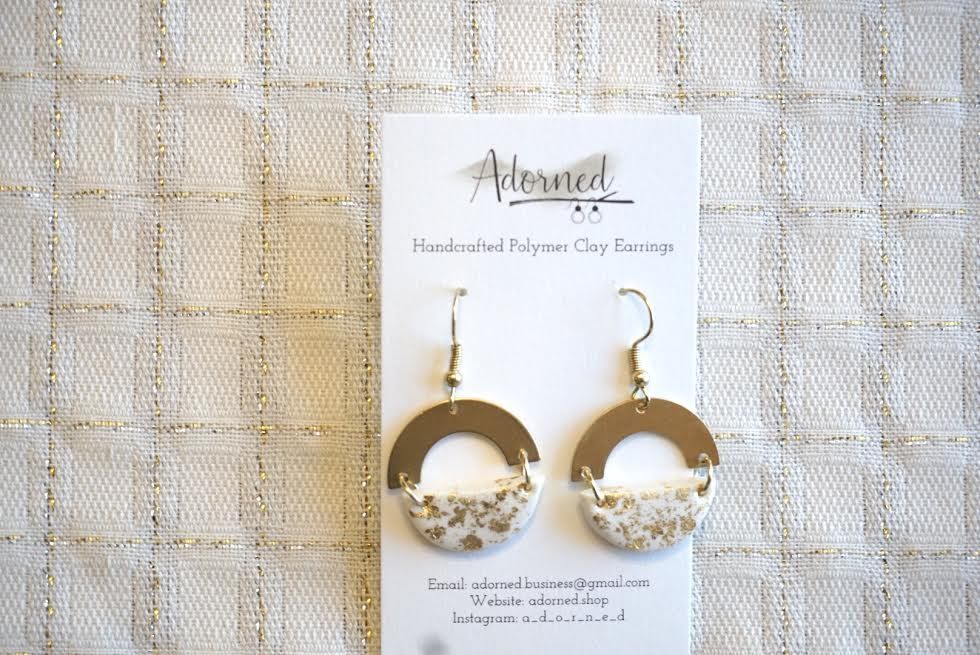 White and gold speckled earrings