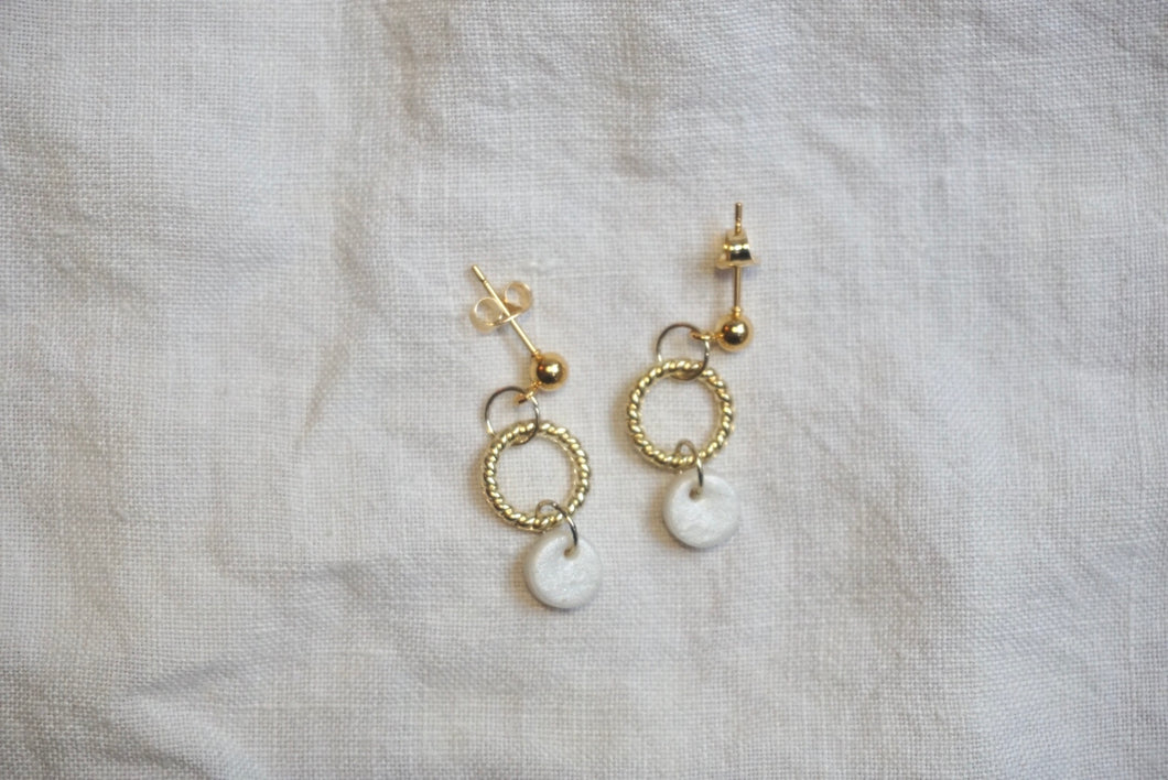 Pearly white and gold studs