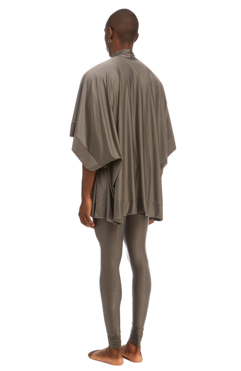 1689 Sever Robe / Silver / Unisex