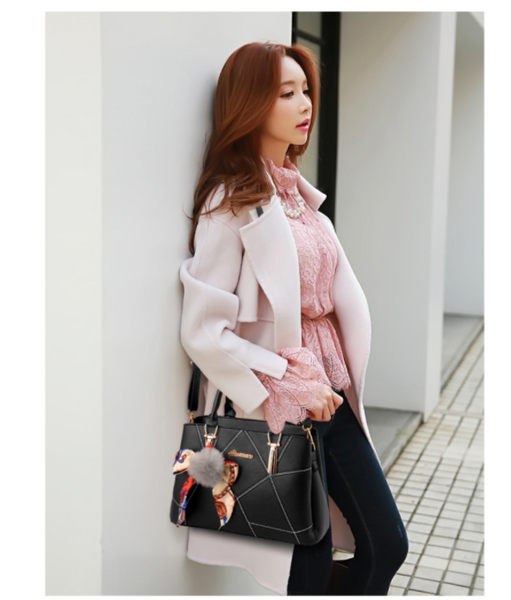 European Designed Fashionable Premium PU Crossbody Sling Bag