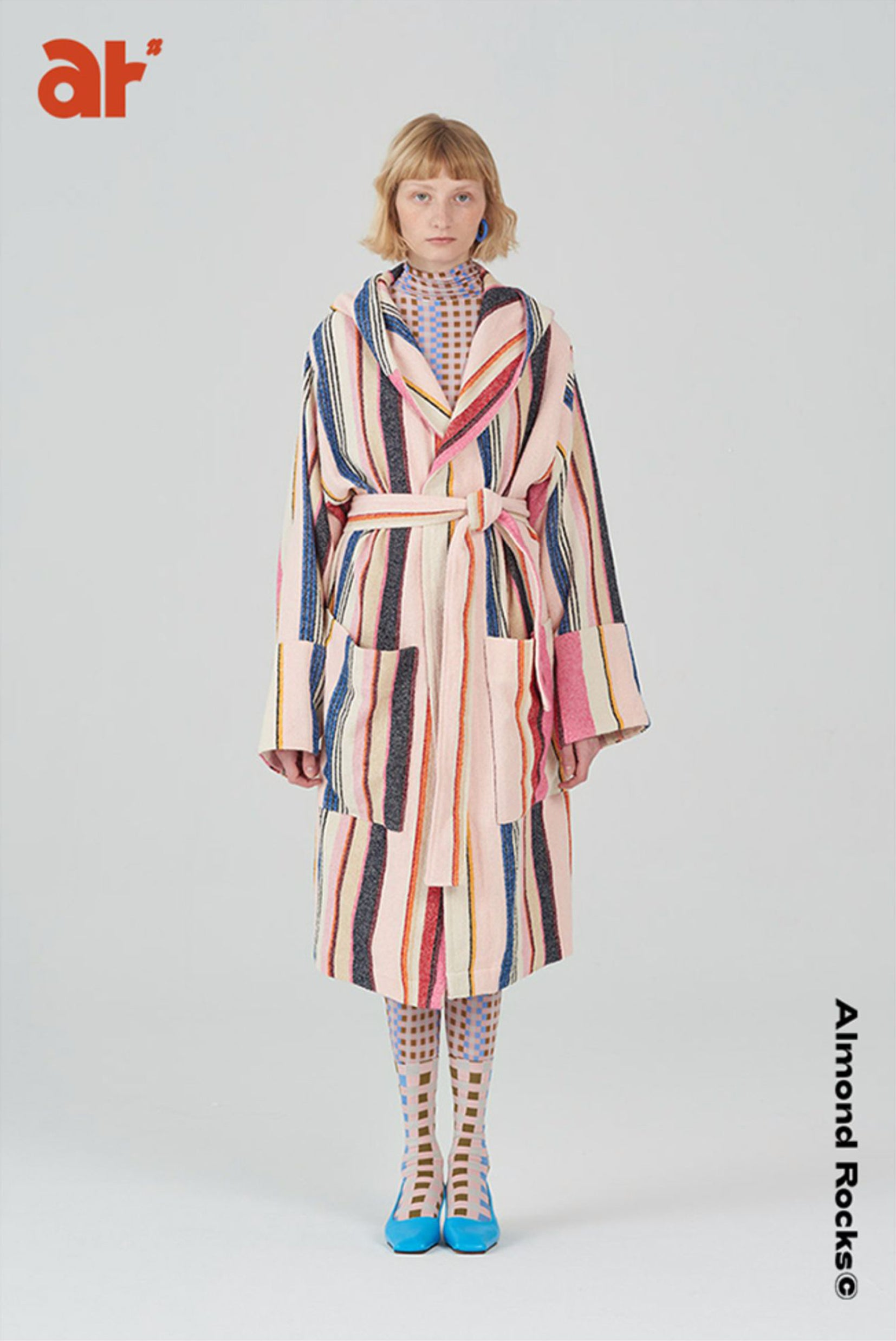 Striped hooded robe in multicolour