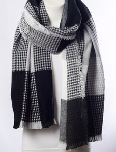 Soft Black & Gray Plaid Waffle Style Knit Blanket