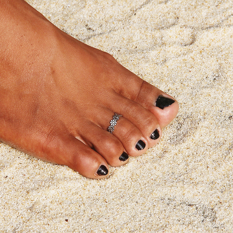 Flower Power Adjustable Toe Ring - Boho Girl Jewellery