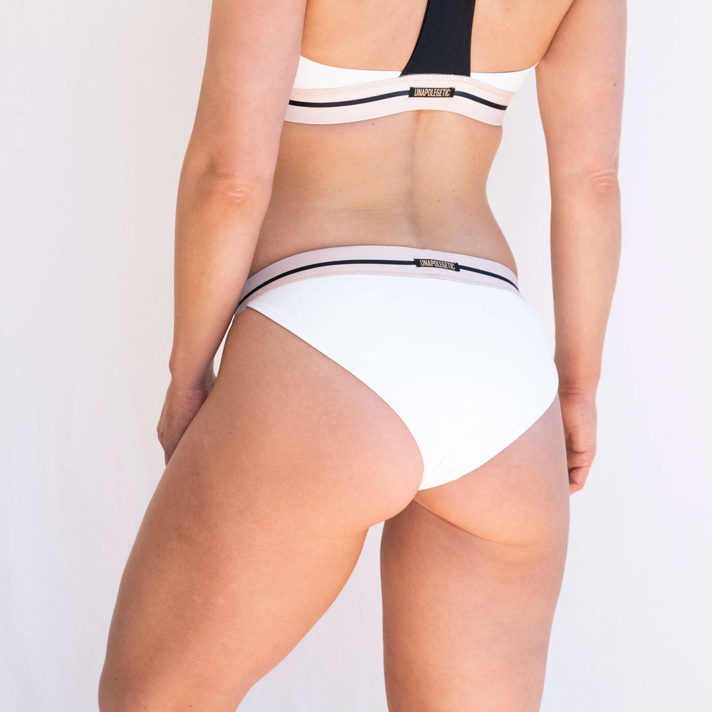 Load image into Gallery viewer, CLEO SPORT SHORTS - WHITE