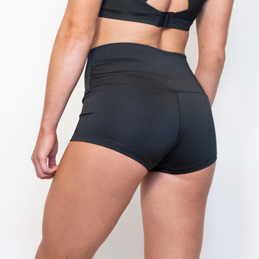 EVE SPORT SHORTS - BLACK