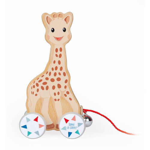 Sophie la girafe Pull-Along Toy | Wooden Toddler Activity Toy | Front View | BeoVERDE.ie