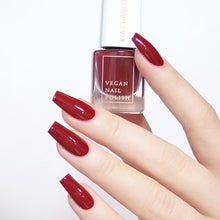 Load image into Gallery viewer, KIA CHARLOTTA Nail Polish Successful | Cherry Red | Vegan Cruelty-Free 14-Free | Bottle & Hands | BeoVERDE.ie