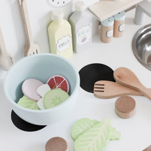 Load image into Gallery viewer, JaBaDaBaDo Smoothie Set | Wooden Pretend Play Toy | Lifestyle – Salad Set in Play Kitchen | BeoVERDE.ie