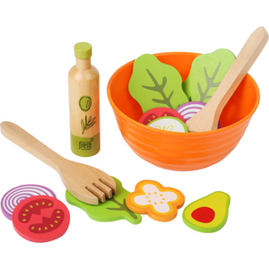 Small Foot Salad Play Set | Gorgeous Pretend Play Toys | Front View | BeoVERDE.ie