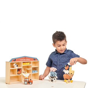 Tender Leaf 13 Farmyard Animals & Shelf Set | Hand-Crafted Wooden Animal Toys | Boy Playing |BeoVERDE.ie