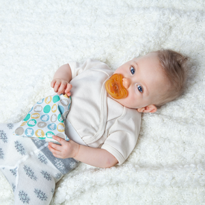 Grunspecht Organic Rubber Orthodontic Teat Soother | Lifestyle Teething Ring | BeoVERDE.ie
