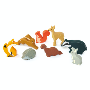Tender Leaf 8 Woodland Animals & Shelf Set | Hand-Crafted Wooden Animal Toys | Woodland Animals Collection | BeoVERDE.ie