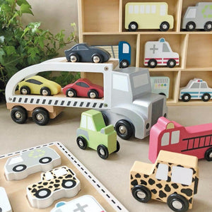 JaBaDaBaDo Wooden Cars Display Shelf With 9 Different Vehicles | Wooden Imaginative Play Toy | Lifestyle – various car sets | BeoVERDE.ie