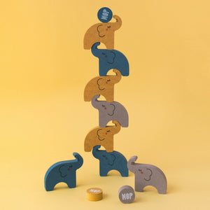 Londji ALEHOP! Balancing Elephants | Wooden Stacking & Balancing Game | Front View – Elephants Balancing Figure 3 | BeoVERDE.ie