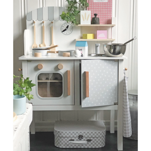 JaBaDaBaDo Kitchen With Pot & Pan | Scandi-Style Pretend Play Kitchen | Lifestyle – Cooking in Play Kitchen | BeoVERDE.ie