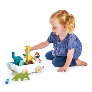 TenderLeaf Noah's Shape Sorter Ark | Hand-Crafted Wooden Animal Toys | Girl Playing |BeoVERDE.ie