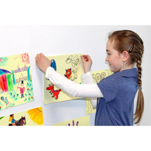 Giant Square Sticky-Note | Girl Sticks Sticky-Note on Wall | BeoVERDE.ie