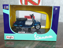 Load image into Gallery viewer, Buy Maisto Vespa 125 ET3 Primavera 1976 Online in Lahore