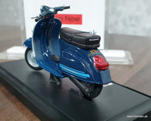 Load image into Gallery viewer, Buy Maisto Vespa 125 ET3 Primavera (1976) Online in Pakistan