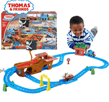 Load image into Gallery viewer, Fisher Price Thomas and Friends Motorised Railway Shipwreck in Lahore