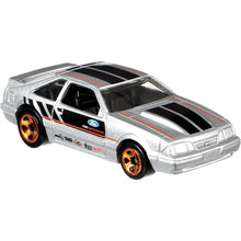 Load image into Gallery viewer, Hot Wheels 92 Ford Mustang