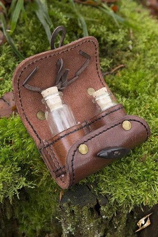Potion Holder 2 Pieces - Brown - Avothea Store