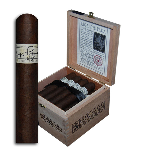 Liga Privada No 9 Robusto Oscuro