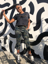 Load image into Gallery viewer, Mumu Fresh The Healing Beaded Women's Crop Top in Black