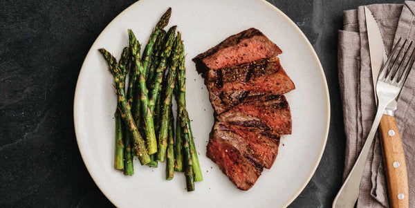 Grilled Sirloin Steak & Asparagus