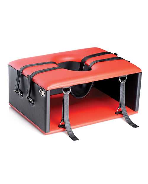 Master Series Queening Chair - XSexStore