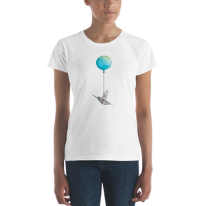 Hummingbird with Balloon Women's short sleeve t-shirt