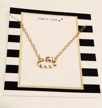 Load image into Gallery viewer, Gold White Stripe C Link Choker Necklace