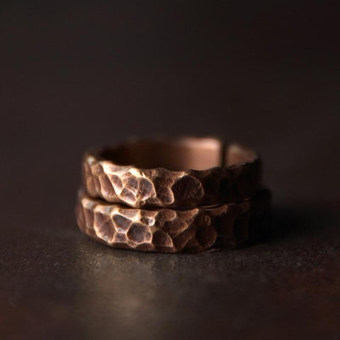 hammered-healing-copper-ring-mens-womens