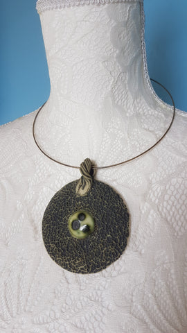 Collier médaillon