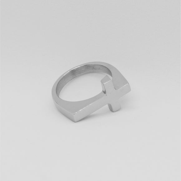 FLAT TOP CROSS RING