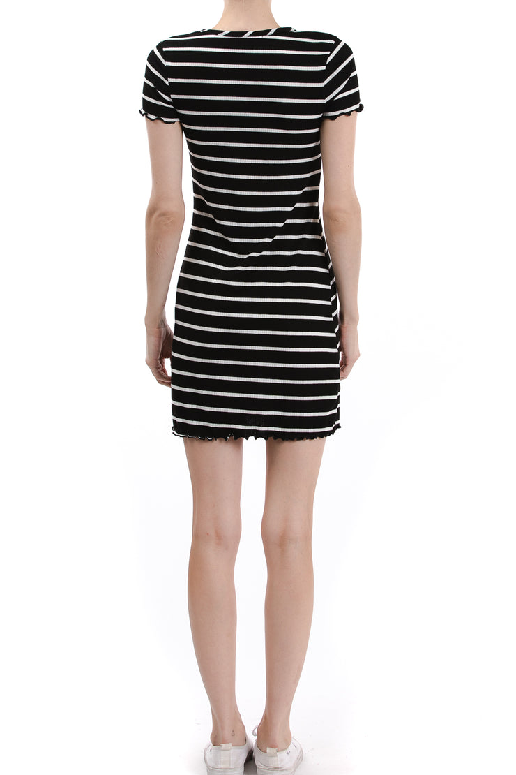 Short Sleeve Round Neck Dress, Black/Ivory - Charming Charlie