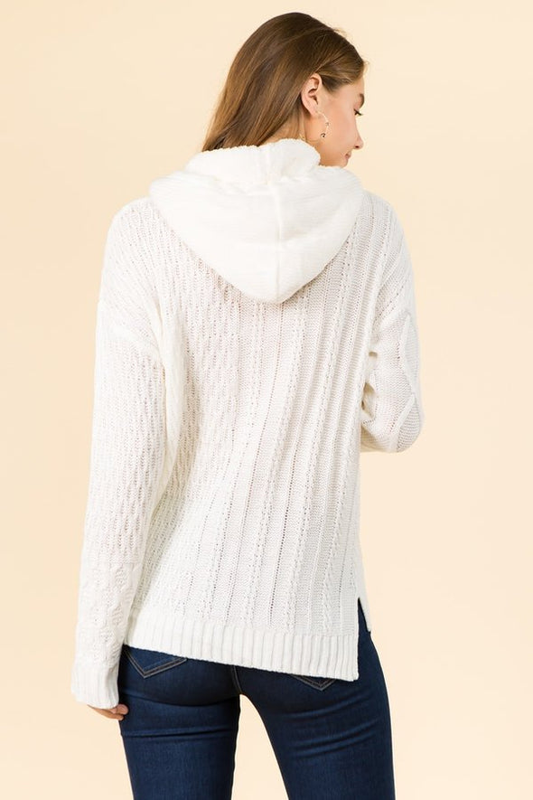 Hooded Sweater In  Cable Knit