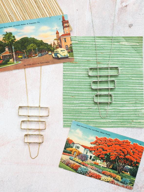 Triptych necklace gold